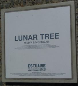 lunar-272x300 dans une oeuvre et une histoire