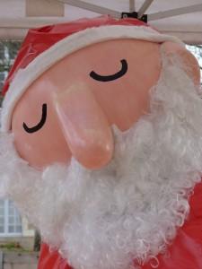 Noël au Château ... Whodunnit ? dans actualités de l'art pere-noel-225x300